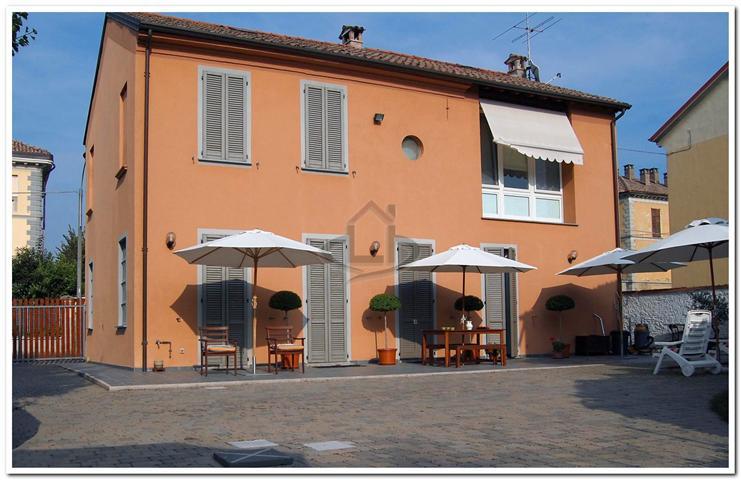 Casa singola in Via Marconi 22, Rivanazzano Terme