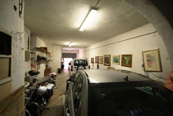 Box / Garage in vendita a Firenze, 1 locali, zona Zona: 10 . Leopoldo, Rifredi, prezzo € 239.000 | Cambio Casa.it
