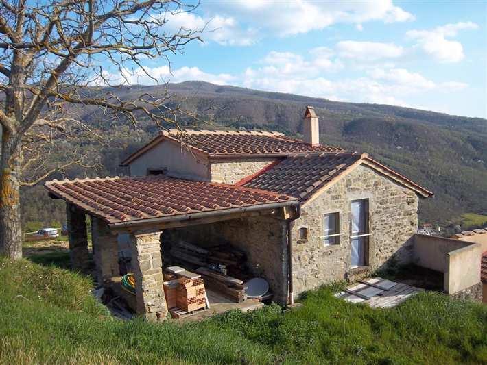 Soluzione Indipendente in vendita a Dicomano, 5 locali, prezzo € 325.000 | Cambio Casa.it