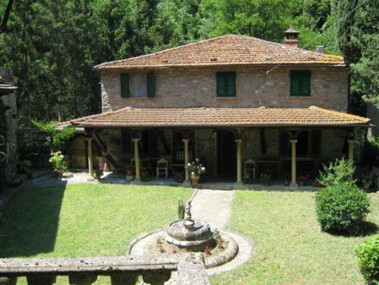 Soluzione Indipendente in vendita a San Godenzo, 11 locali, prezzo € 160.000 | Cambio Casa.it
