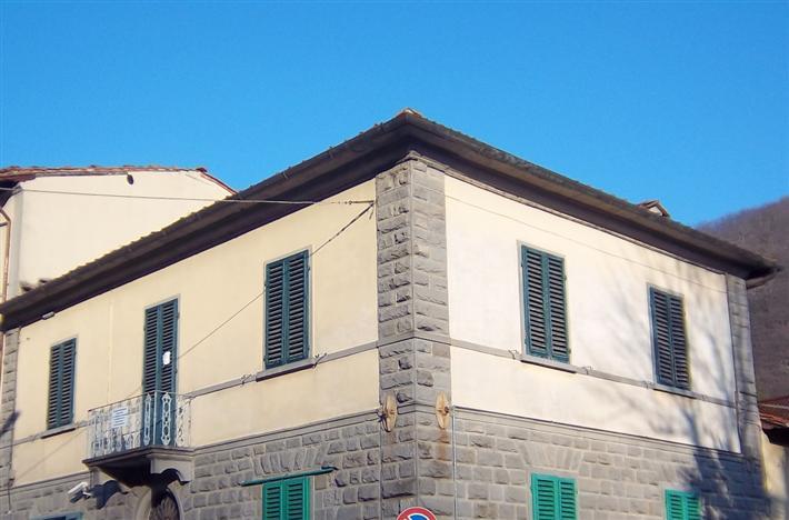 Appartamento in vendita a Borgo San Lorenzo, 5 locali, prezzo € 145.000 | Cambio Casa.it