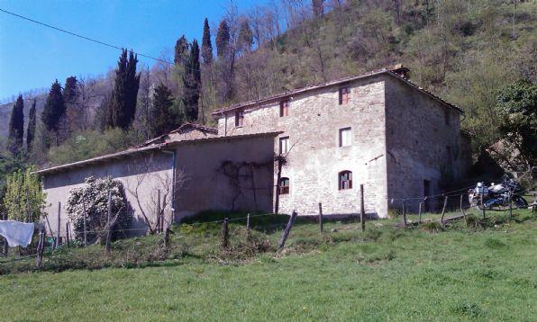 agriturismo-azienda agricola Bilocale in Vendita a Cantagallo