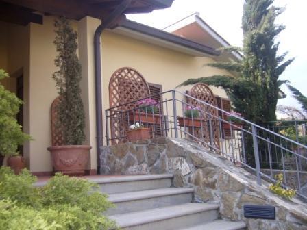 Villa in vendita a Barberino di Mugello, 8 locali, zona Zona: Cavallina, prezzo € 1.100.000 | CambioCasa.it