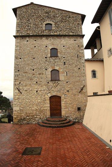 Soluzione Indipendente in vendita a Prato, 7 locali, zona Zona: Collina di Prato, prezzo € 990.000 | Cambio Casa.it