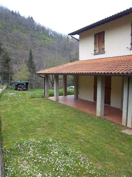 Villa Bifamiliare in Vendita a Montemignaio