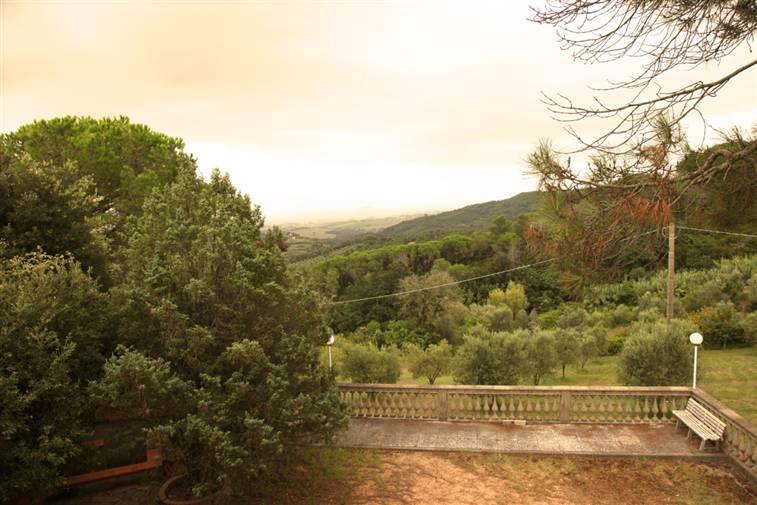 Villa Bifamiliare in Vendita a Rosignano Marittimo