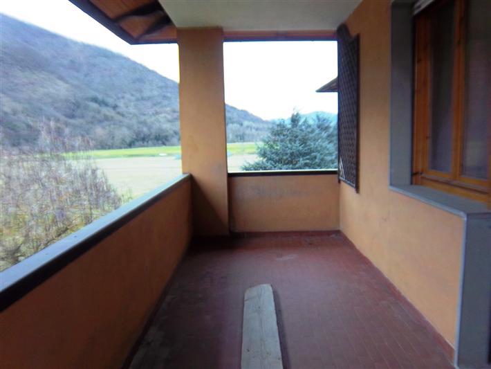 Appartamento in vendita a Dicomano, 5 locali, prezzo € 180.000 | Cambio Casa.it