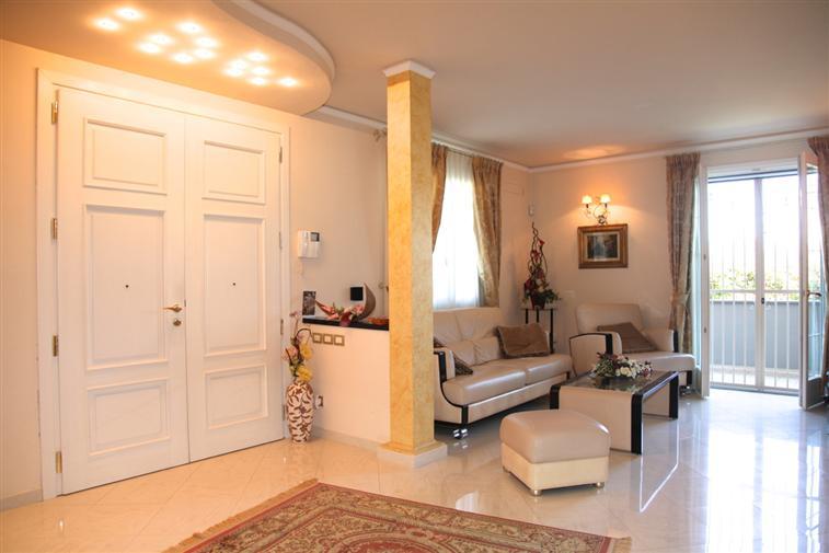 Villa in vendita a Carmignano, 12 locali, zona Zona: Seano, prezzo € 1.200.000 | Cambio Casa.it