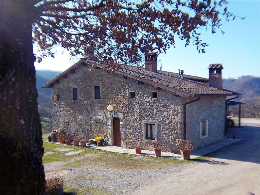 Agriturismo in vendita a Vernio, 12 locali, prezzo € 980.000 | Cambio Casa.it