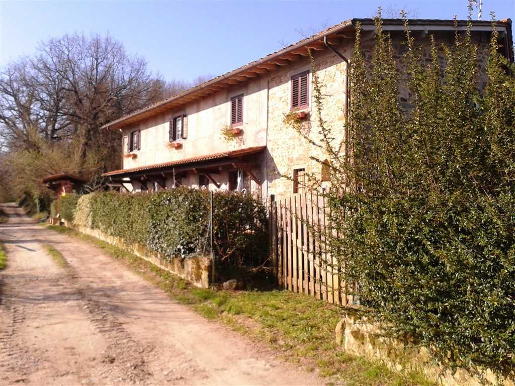 Soluzione Indipendente in vendita a Vicchio, 7 locali, prezzo € 270.000 | Cambio Casa.it