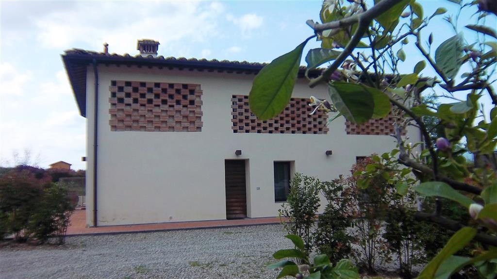Soluzione Indipendente in vendita a Borgo San Lorenzo, 7 locali, prezzo € 490.000 | Cambio Casa.it