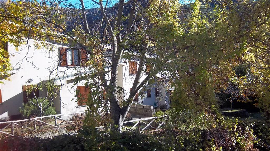 Soluzione Indipendente in vendita a San Godenzo, 3 locali, zona Zona: Castagno d'Andrea, prezzo € 79.000 | Cambio Casa.it
