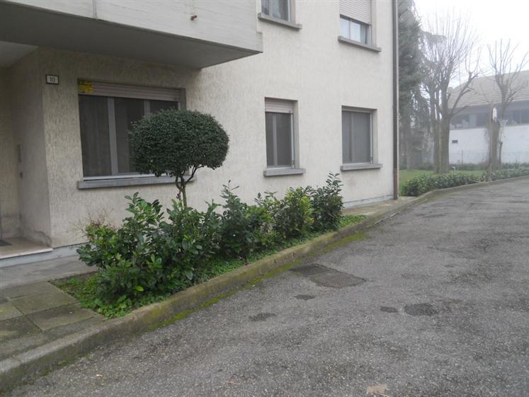 Appartamento in Via Togliatti 6, Castelnovo Di Sotto