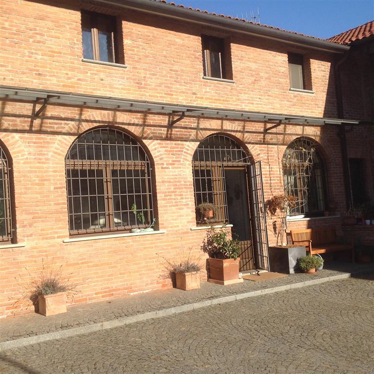 Rustico / Casale in vendita a Gassino Torinese, 20 locali, prezzo € 1.600.000 | Cambio Casa.it