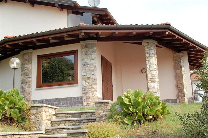Soluzione Indipendente in affitto a Massino Visconti, 3 locali, prezzo € 700 | Cambio Casa.it