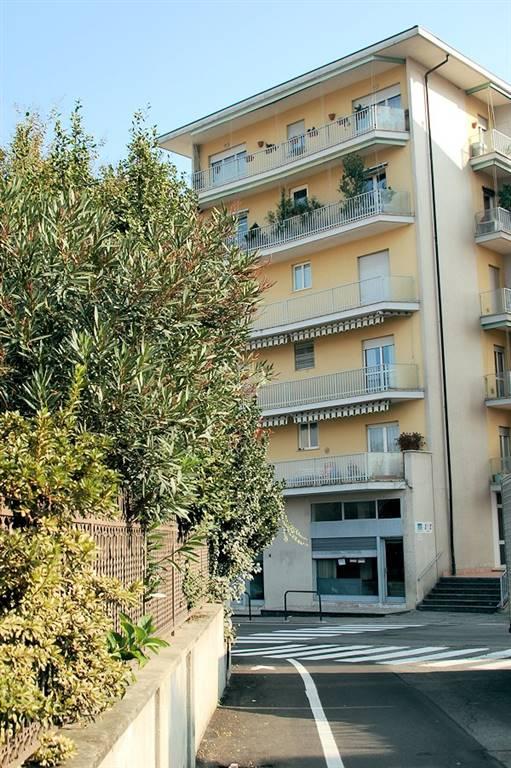 Appartamento in affitto a Arona, 3 locali, prezzo € 350 | Cambio Casa.it