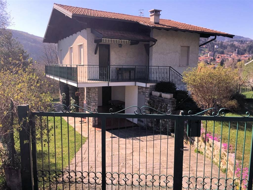 Appartamento in affitto a Gignese, 5 locali, prezzo € 1.800 | Cambio Casa.it