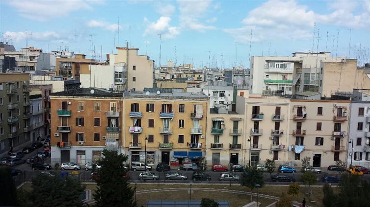Quadrilocale in Canonico Bux, Libertà, Bari