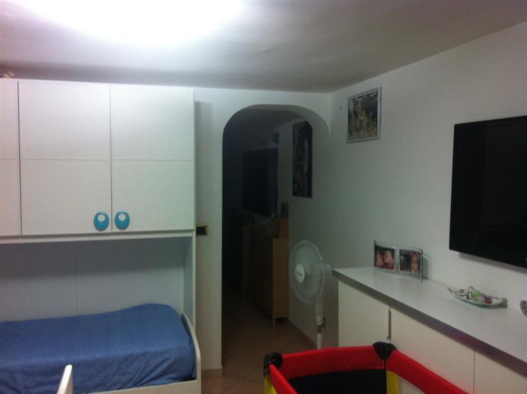 Appartamento in affitto a Bari, 2 locali, zona Zona: Libertà, prezzo € 500 | Cambio Casa.it