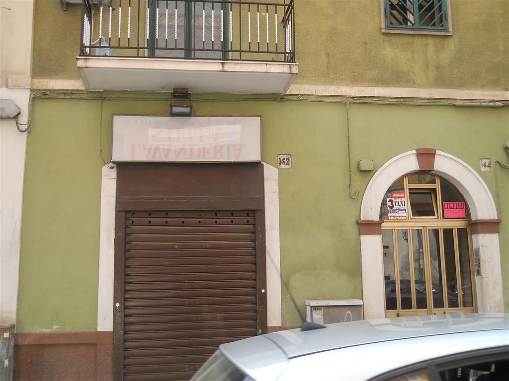 Attività / Licenza in vendita a Bari, 1 locali, zona Zona: Libertà, prezzo € 65.000 | Cambio Casa.it