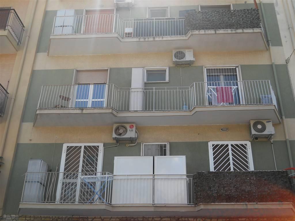 Bilocale in Via Jatta  50, Libertà, Bari