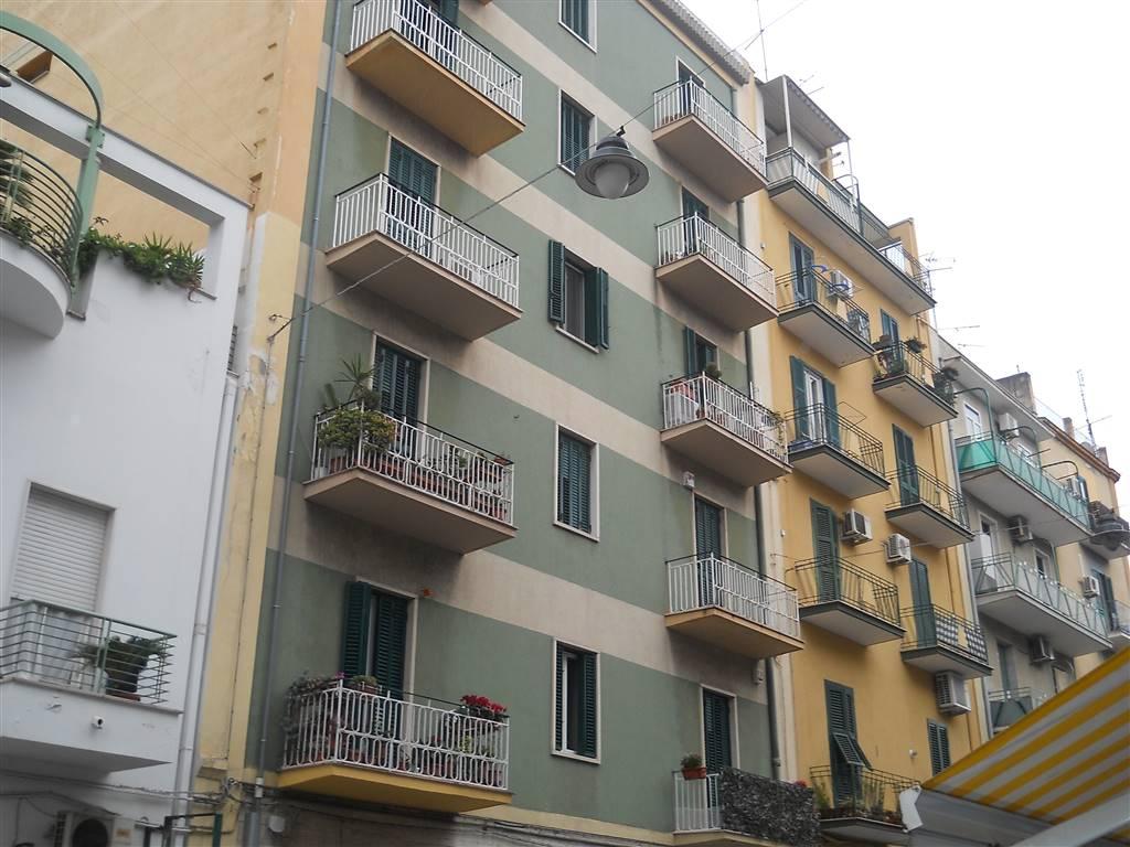 Quadrilocale, Libertà, Bari, in ottime condizioni
