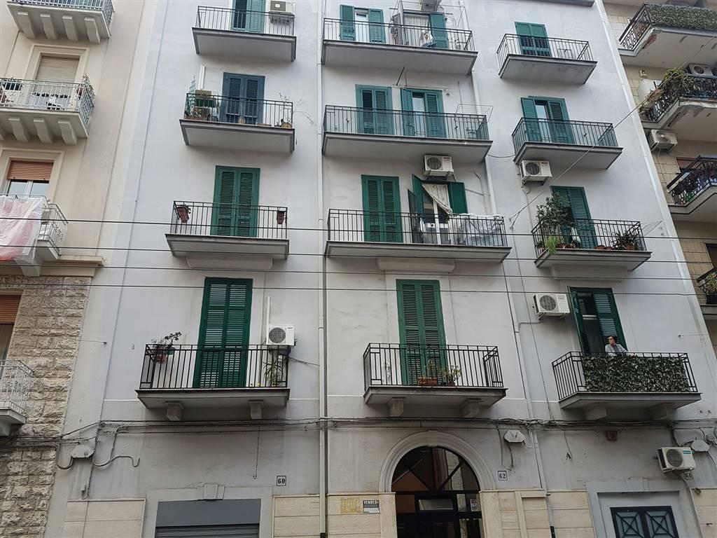 Monolocale, Libertà, Bari