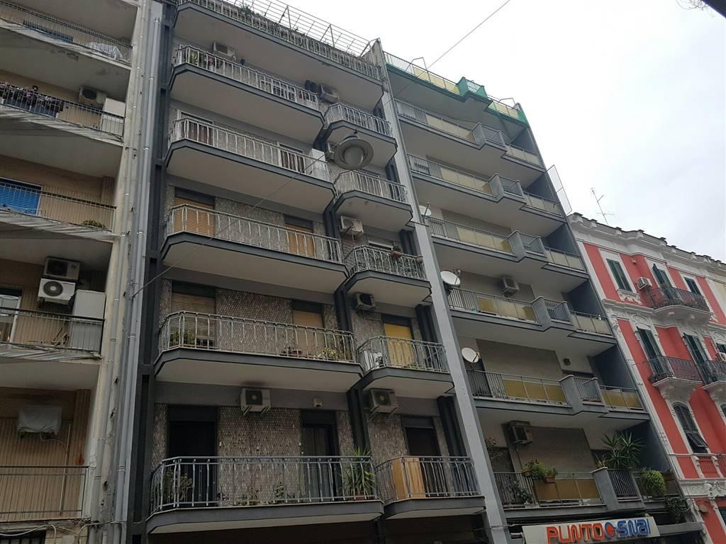 Appartamento in vendita a Bari, 3 locali, zona Zona: Libertà, prezzo € 140.000 | Cambio Casa.it