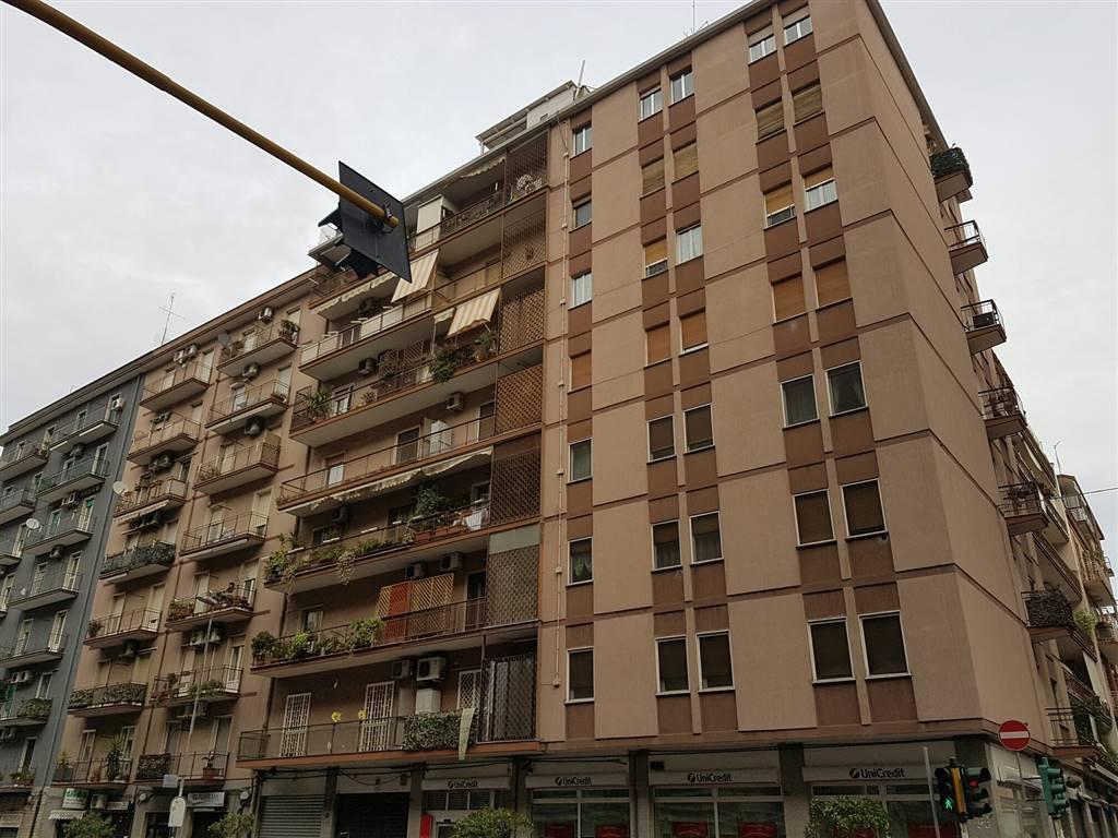 Appartamento in vendita a Bari, 3 locali, zona Zona: Libertà, prezzo € 175.000 | Cambio Casa.it