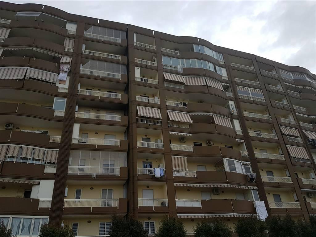 Appartamento in vendita a Bari, 3 locali, zona Zona: San Paolo , prezzo € 165.000 | Cambio Casa.it