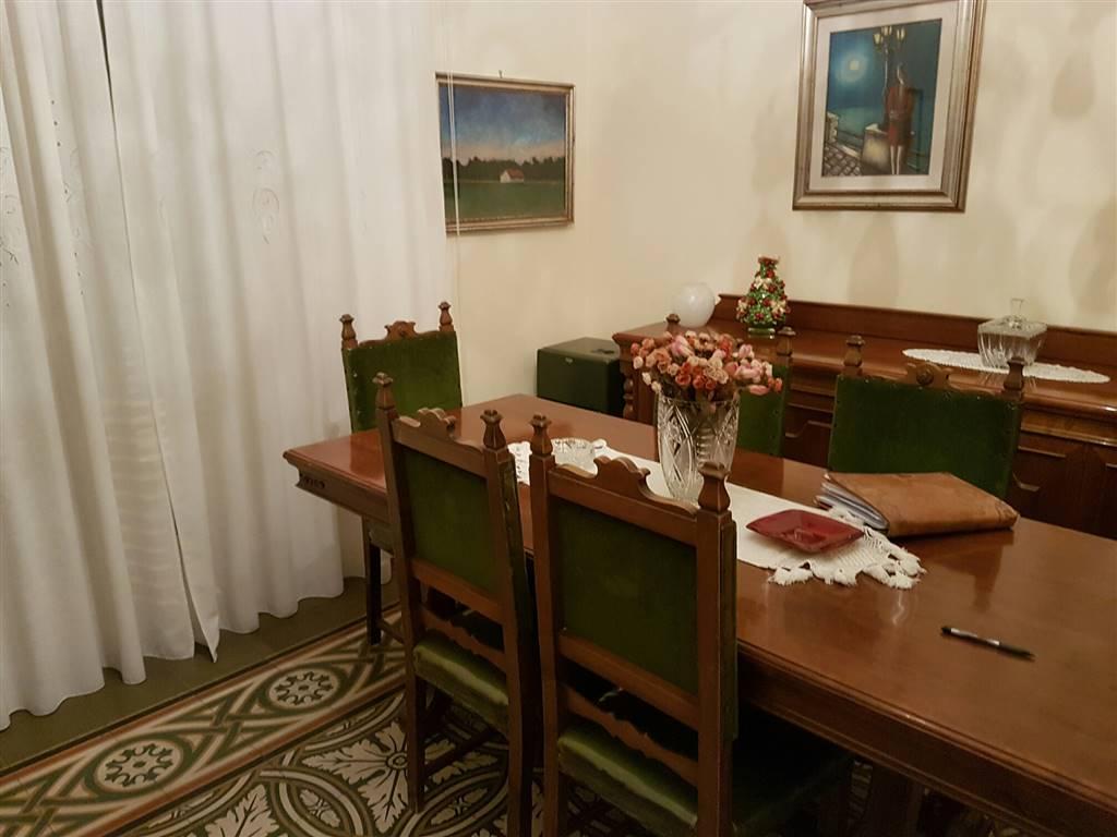Appartamento in vendita a Bari, 3 locali, zona Zona: Libertà, prezzo € 125.000 | Cambio Casa.it