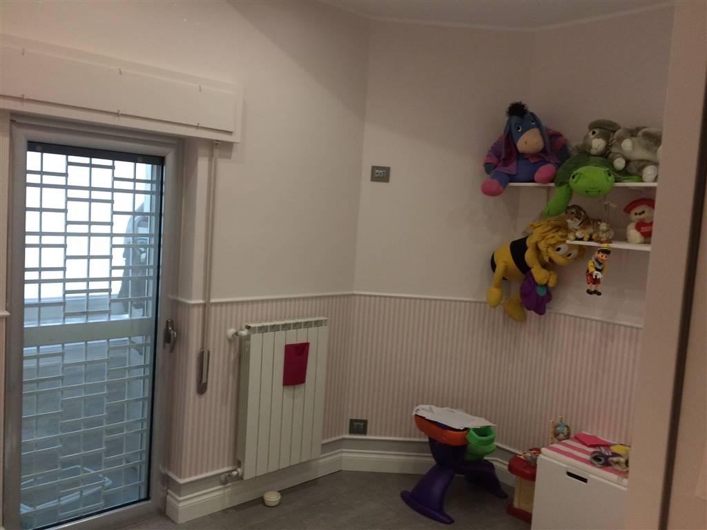Appartamento in vendita a Bari, 3 locali, zona Zona: Libertà, prezzo € 150.000 | Cambio Casa.it