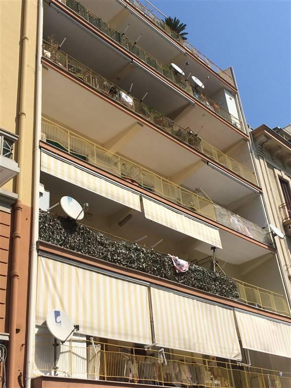 Appartamento in vendita a Bari, 3 locali, zona Zona: Libertà, prezzo € 170.000 | Cambio Casa.it