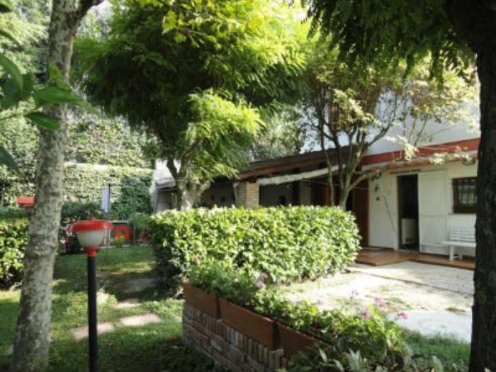 Villa in vendita a Ancona, 5 locali, zona Zona: Gallignano, prezzo € 250.000 | Cambio Casa.it