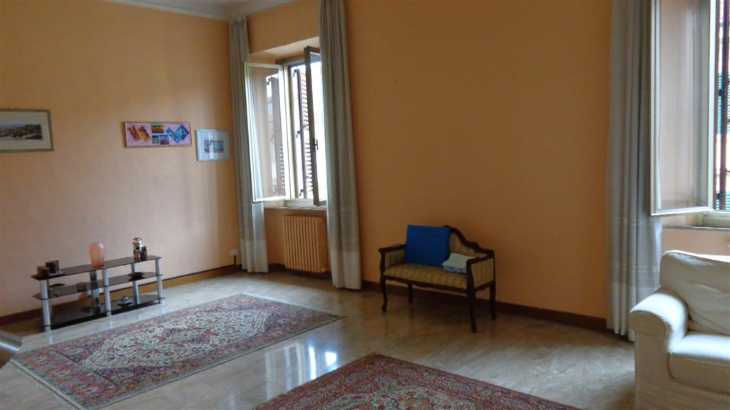 Appartamento in affitto a Ancona, 4 locali, zona Zona: Centro, prezzo € 800 | Cambio Casa.it