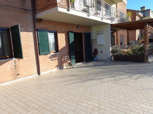Soluzione Indipendente in affitto a Camerata Picena, 3 locali, zona Località: PIANE, prezzo € 500   Cambio Casa.it