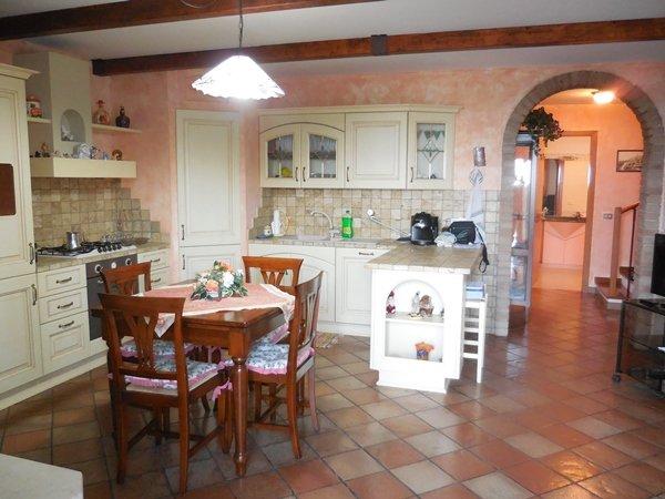 Villa a Schiera in Vendita a Falconara Marittima