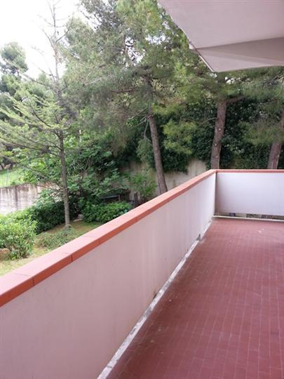 Appartamento in affitto a Falconara Marittima, 4 locali, zona Zona: Falconara alta, prezzo € 550 | Cambio Casa.it