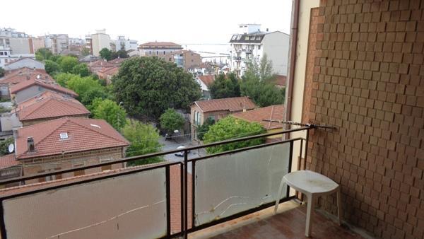 Appartamento in vendita a Falconara Marittima, 3 locali, zona Zona: Centro, prezzo € 70.000 | Cambio Casa.it