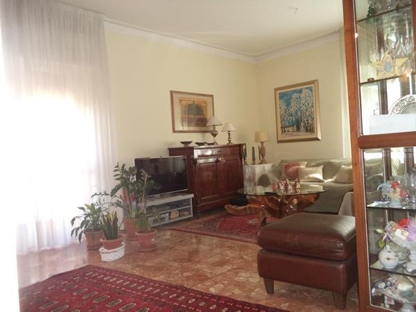 Appartamento in vendita a Falconara Marittima, 3 locali, zona Zona: Mezzacosta, prezzo € 140.000 | Cambio Casa.it