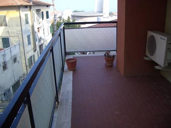 Appartamento in affitto a Ancona, 3 locali, zona Località: TORRETTE, prezzo € 500 | Cambio Casa.it