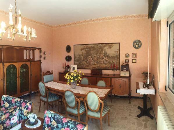 Appartamento in vendita a Osimo, 3 locali, prezzo € 100.000 | Cambio Casa.it