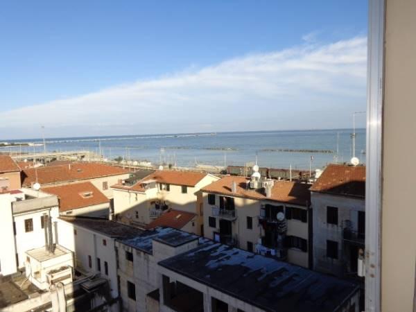 Appartamento in vendita a Falconara Marittima, 3 locali, zona Zona: Centro, prezzo € 48.000 | Cambio Casa.it