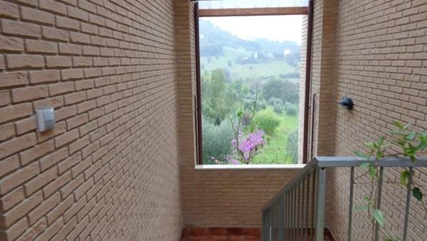 Appartamento in vendita a Castelfidardo, 4 locali, prezzo € 160.000 | Cambio Casa.it