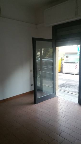 Ufficio / Studio in affitto a Falconara Marittima, 2 locali, zona Zona: Centro, prezzo € 300 | Cambio Casa.it