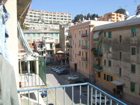 Appartamento in vendita a Messina, 4 locali, zona Zona: Nord, prezzo € 130.000 | Cambio Casa.it