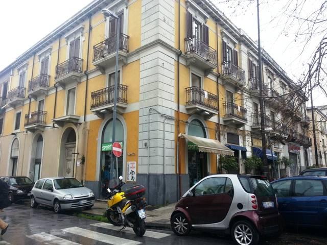 Soluzione Indipendente in vendita a Messina, 10 locali, zona Zona: V.le S. Martino, Trattative riservate | Cambio Casa.it