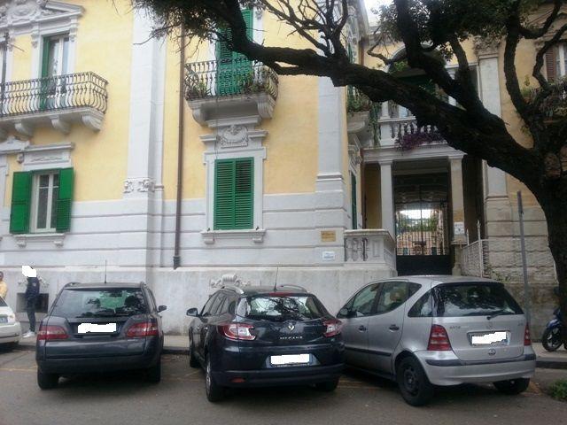 Trilocale in Piazza Duomo, C. Storico: Duomo, Via Garibaldi, C.so Cavour, Messina