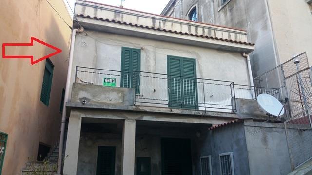 Soluzione Semindipendente in vendita a Messina, 4 locali, zona Località: GALATI, prezzo € 59.000 | Cambio Casa.it