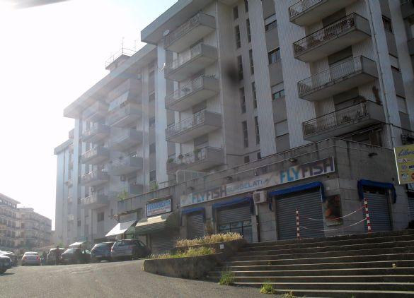 Negozio / Locale in Vendita a Cosenza
